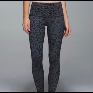 LULULEMON Wunder Under pant *full on luon size 4